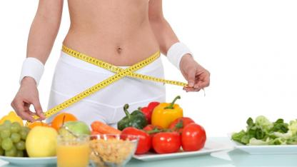 Diet trends 2020 / fresh fruit and vegetables