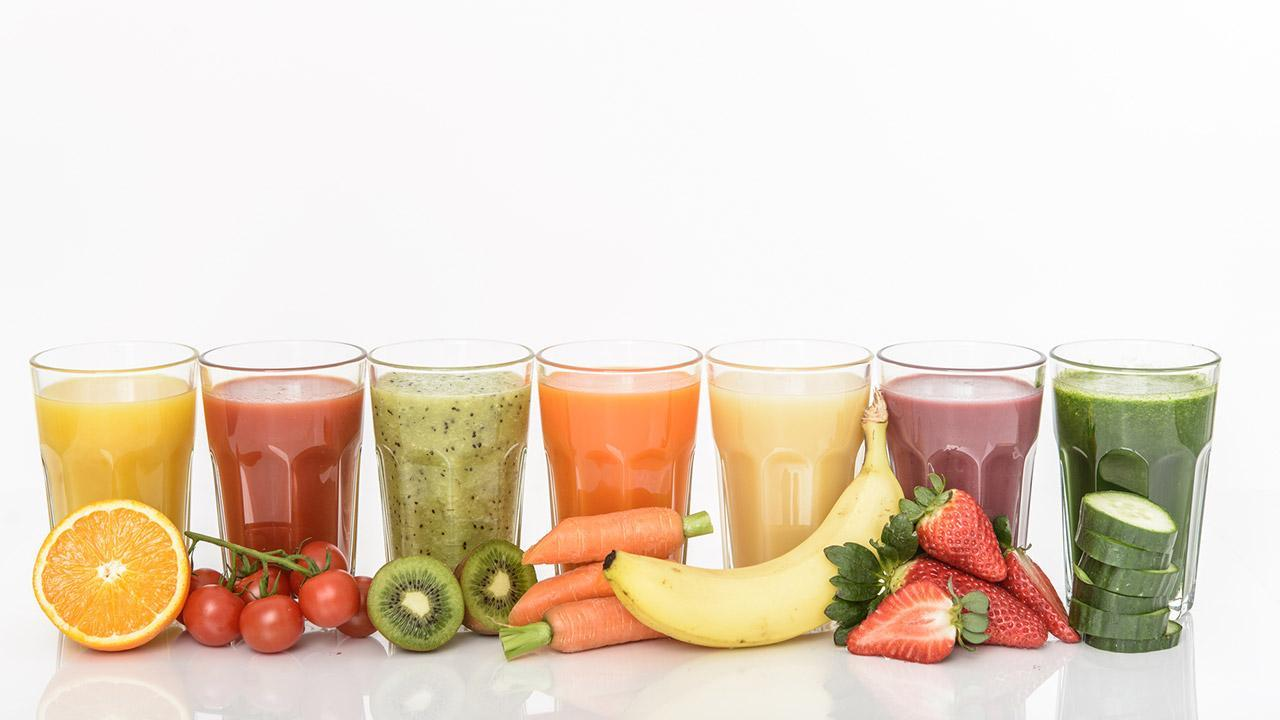 Vitamin Bomb - Smoothies / various healthy smoothies