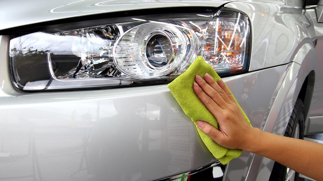 Tips for the perfect car polish - the car is cleaned before