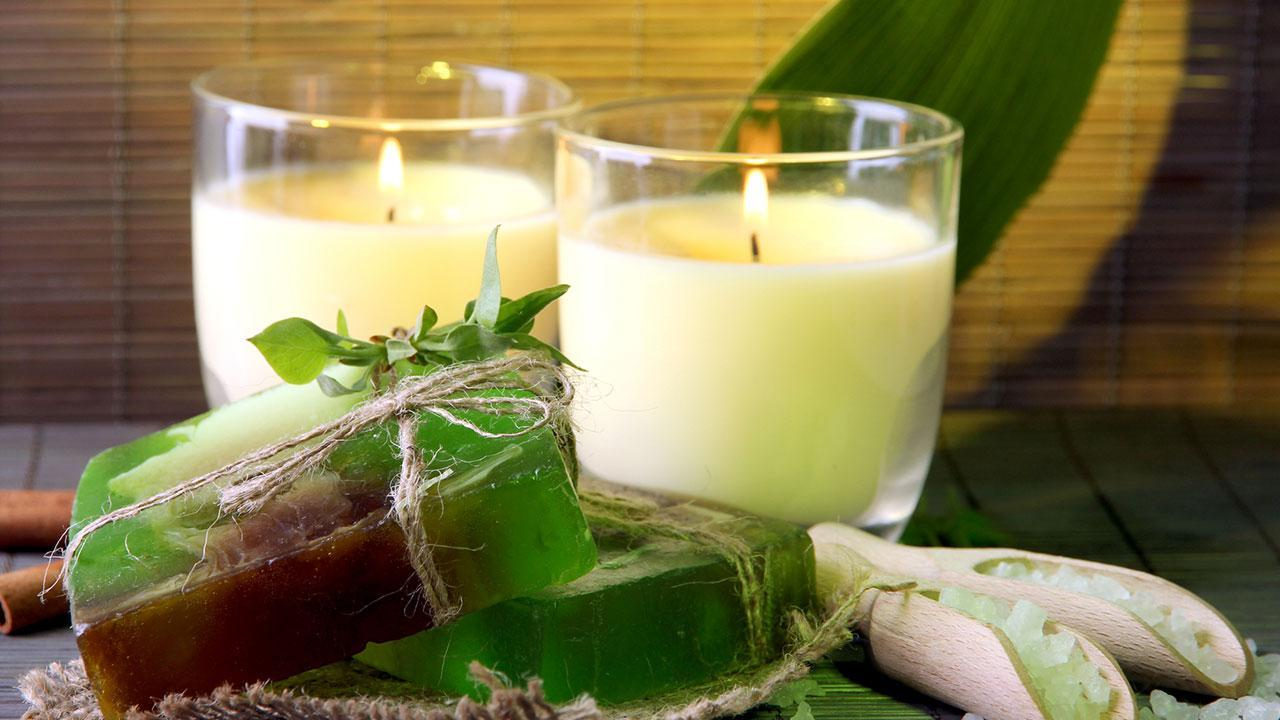 making scented candles / homemade candles and soaps