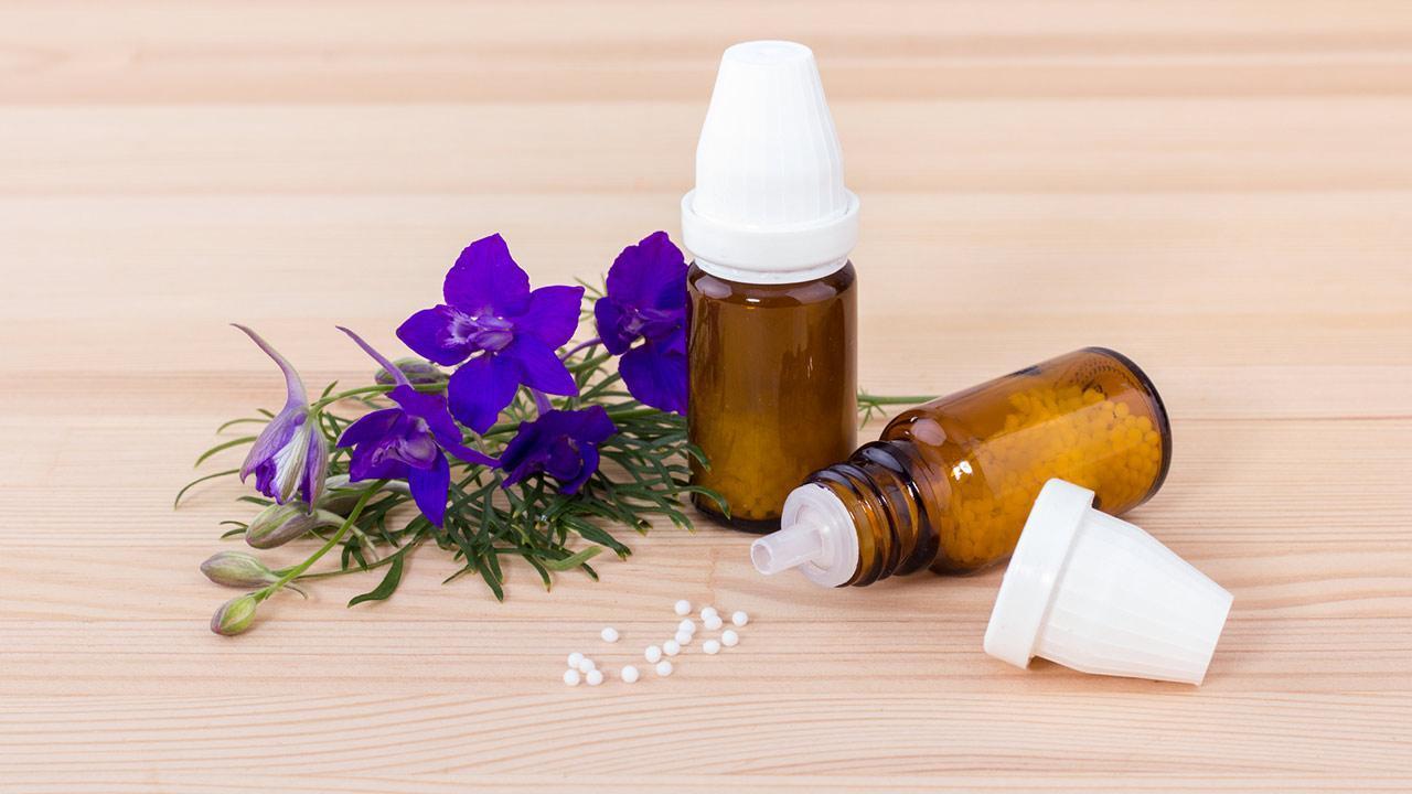 Sleep more easily with homeopathy / Aconitum napellus (monkshood)