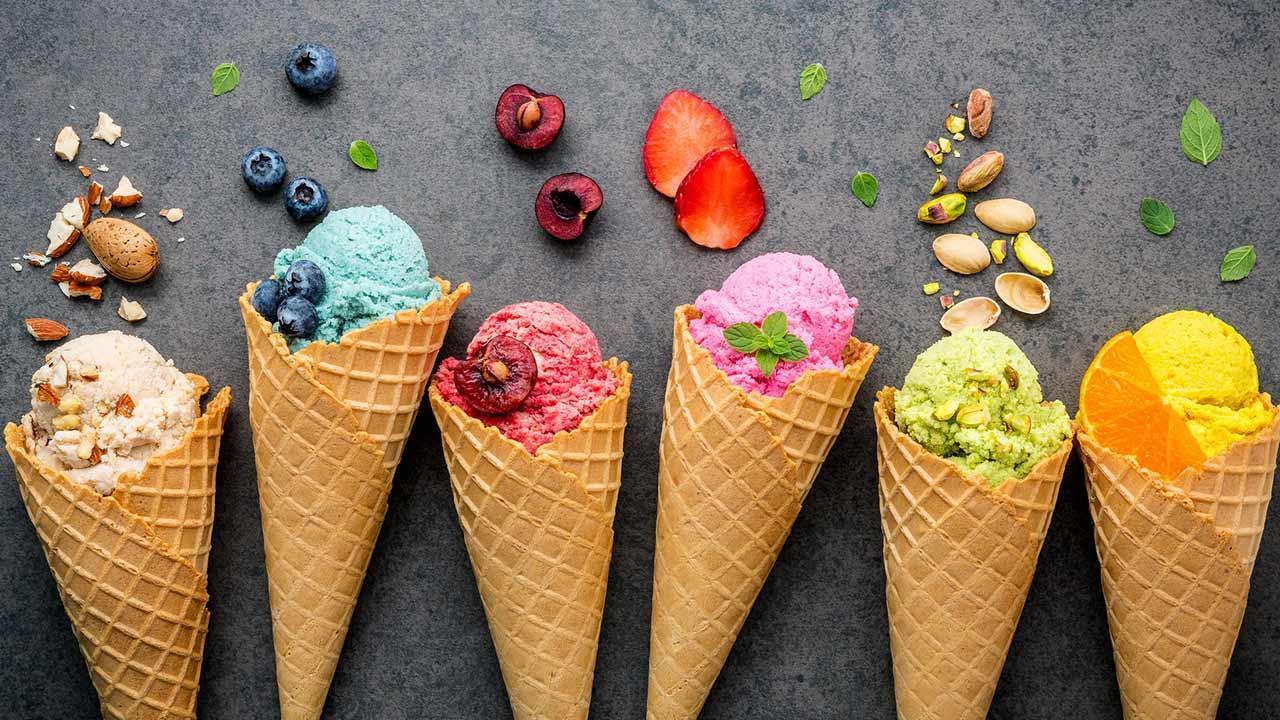 Recipes for homemade ice cream / different kinds of cream ice cream