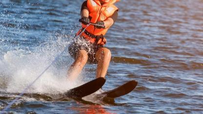 Waterski & Wakeboard - on 2 skis