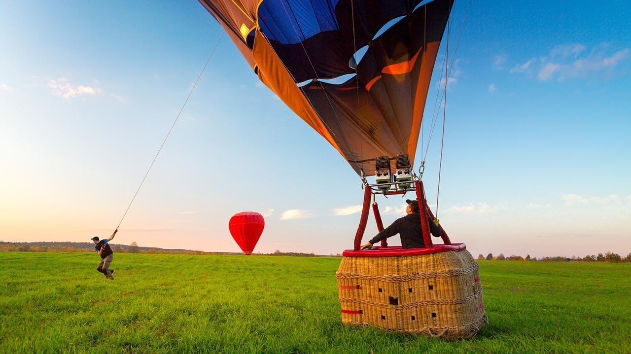 Ballooning - A view over Germany - Landing