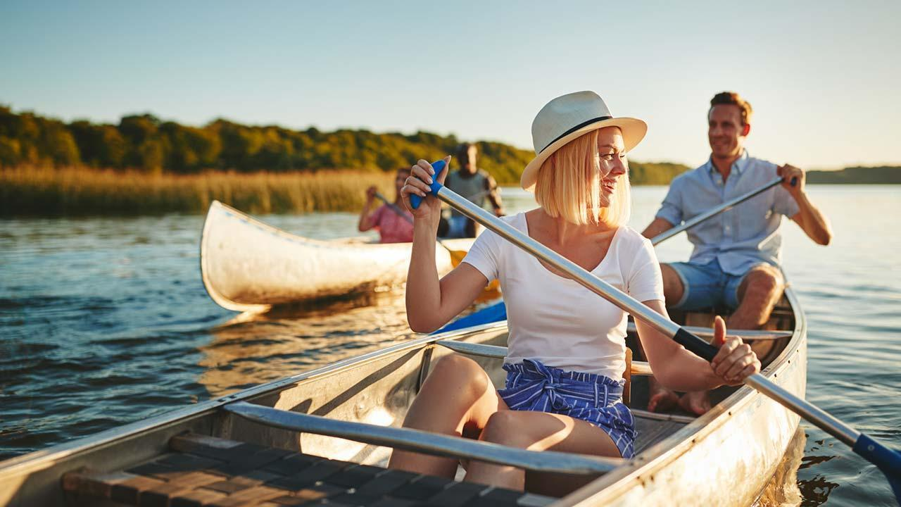 Discover German rivers by canoe - at the lake