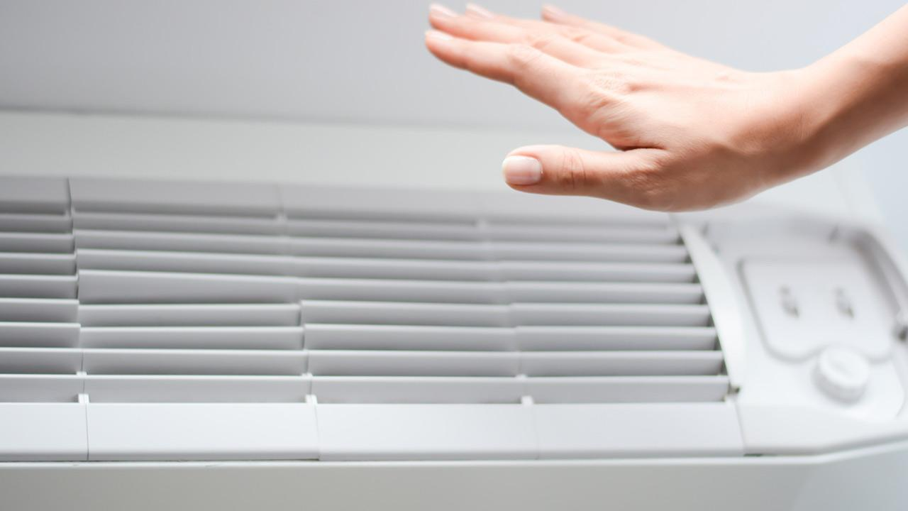 Stationary air conditioners - how to use them correctly - check by hand