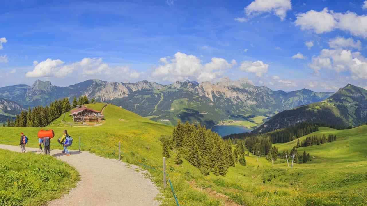 The most beautiful hiking trails in Allgäu - top station of the Neunerköpflebahn