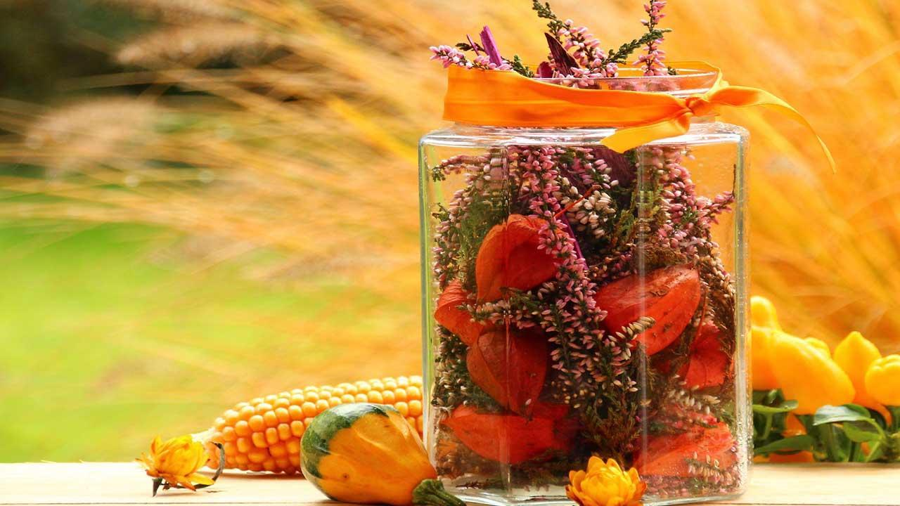 The most beautiful decoration ideas for your garden in autumn - Table decoration